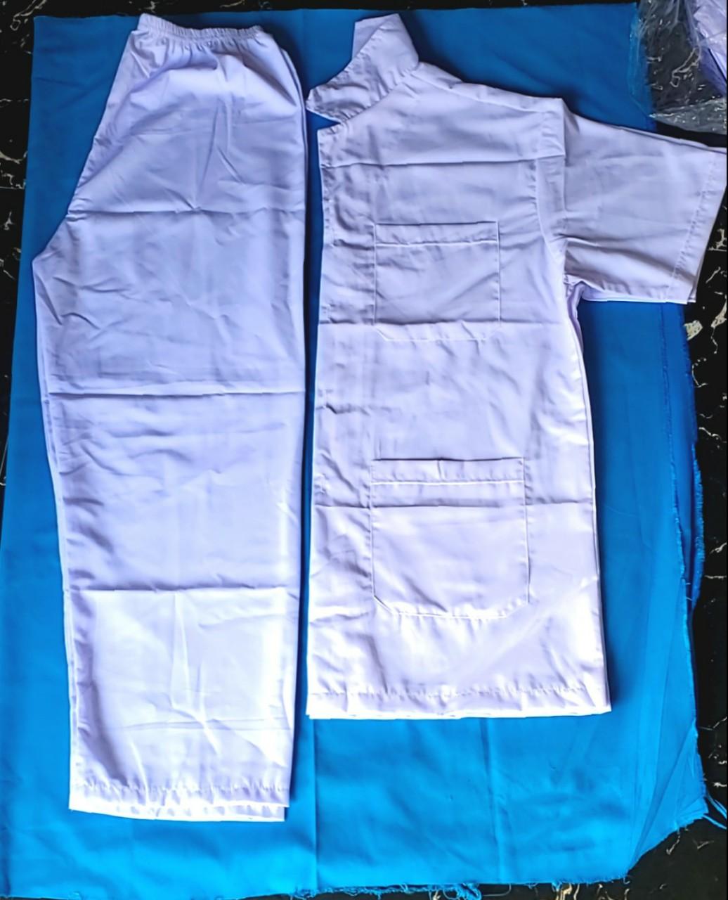 Bộ Blue trắng cho công nhân nam.